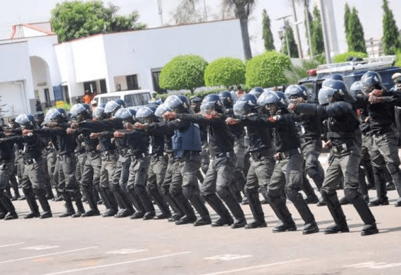 Federal government dismisses report on recruitment of 400,000 policemen as fake news